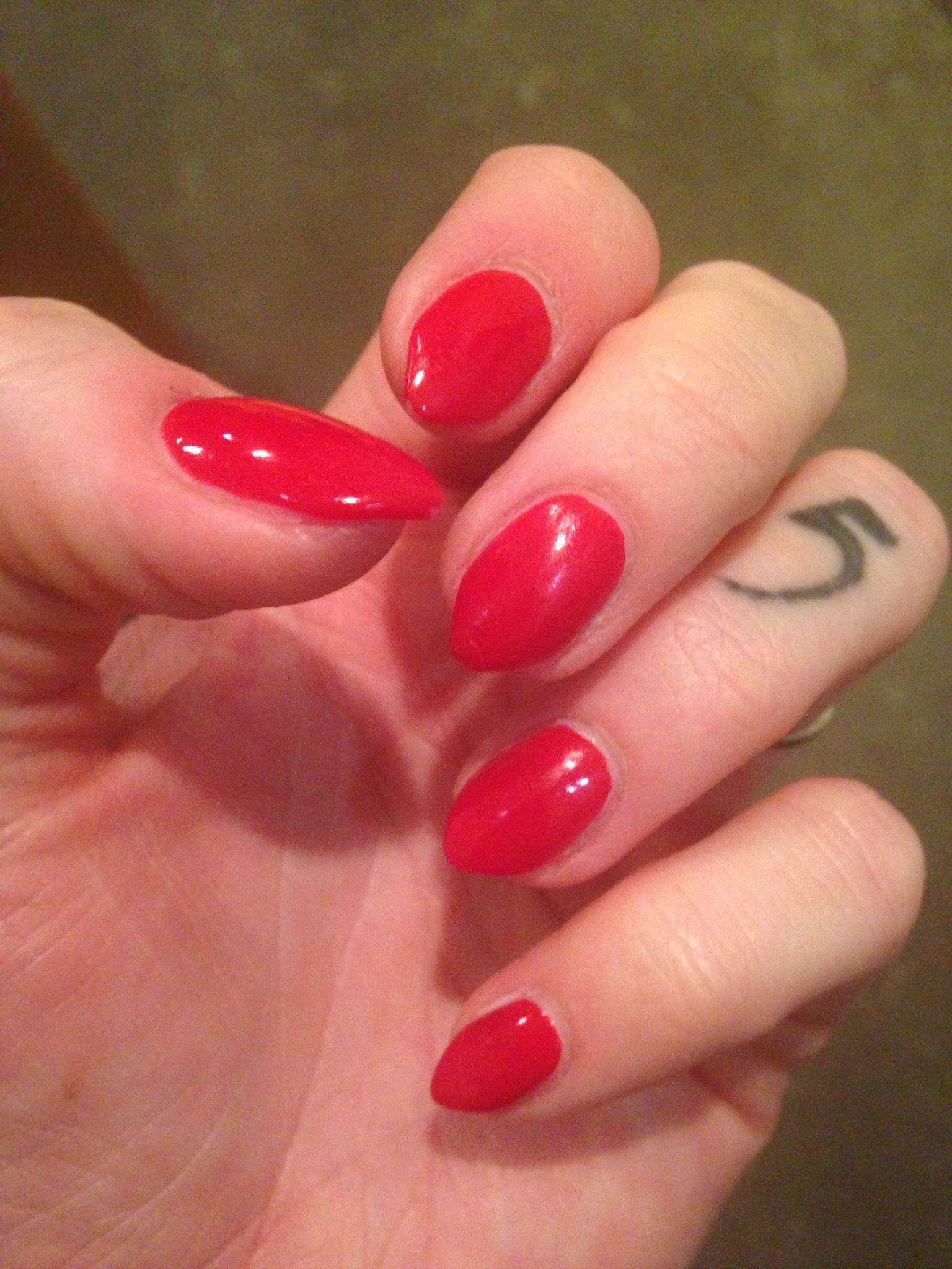 Short Red Stiletto Nails Red Stiletto Nails Red Nails Nails