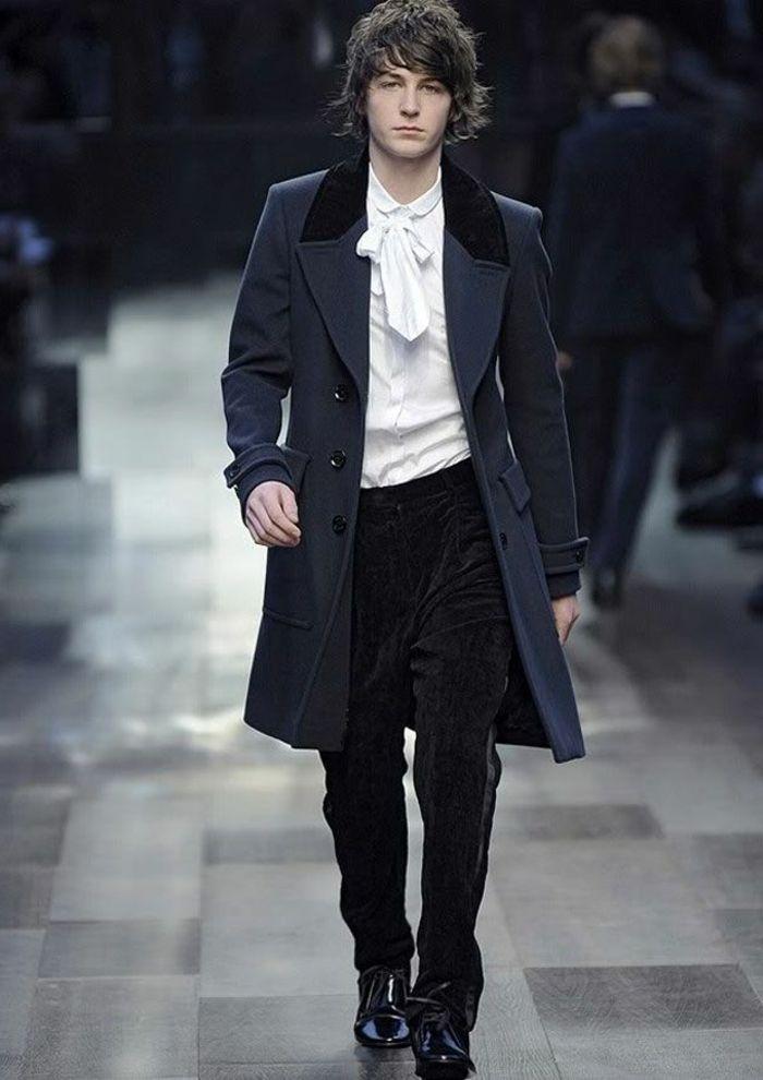 1-elegant-manteau-homme-zara-de-couleur-bleu-foncé-cheveux-marrons-pour-les-hommes-elegants.jpg (700×990)
