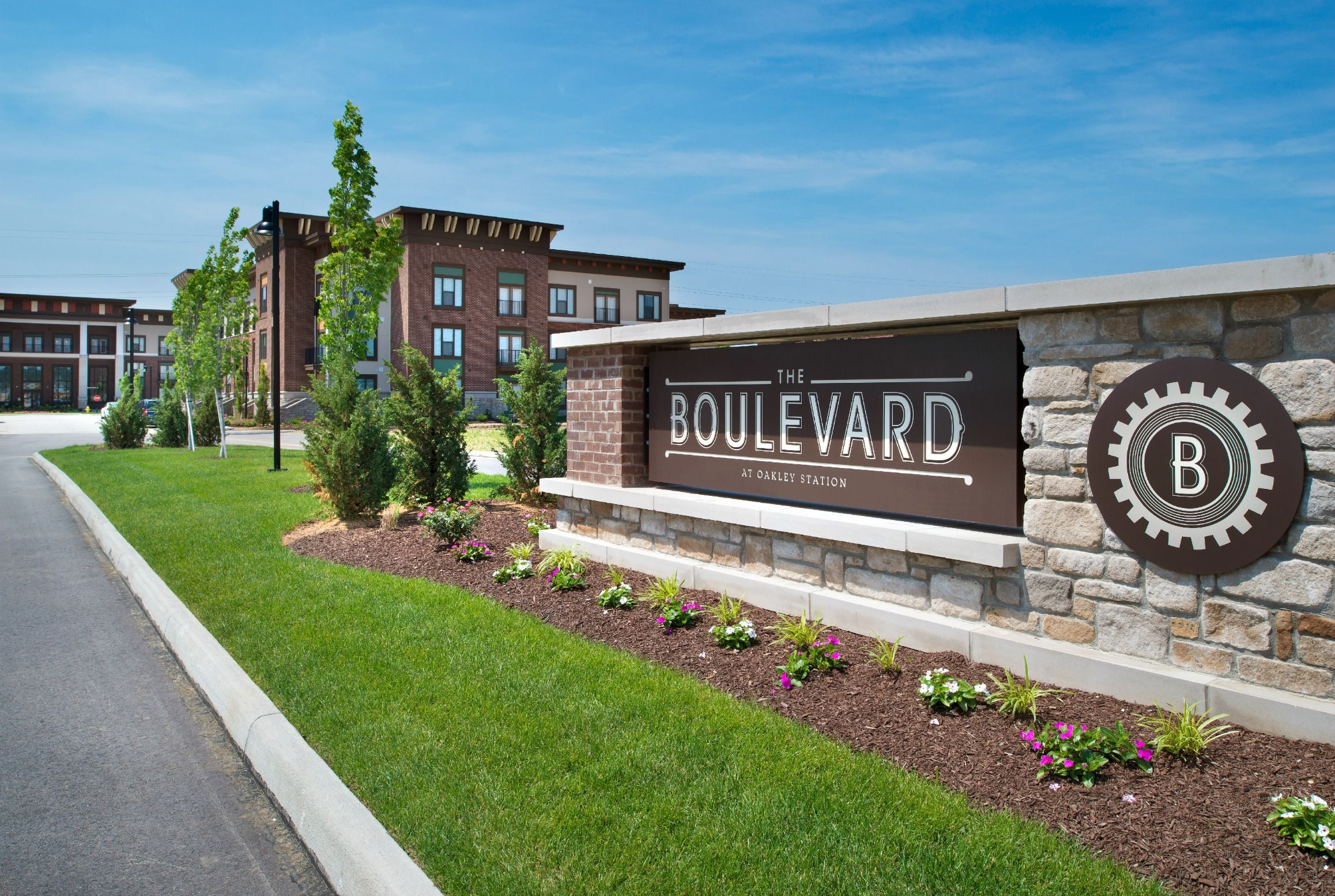Welcome Home To The Boulevard At Oakley Station Located In Cincinnati Ohio Apartments Cincinnati Boulevard Apartment