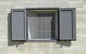 Riparazione di finestre a Pescara Zanzariera, Case