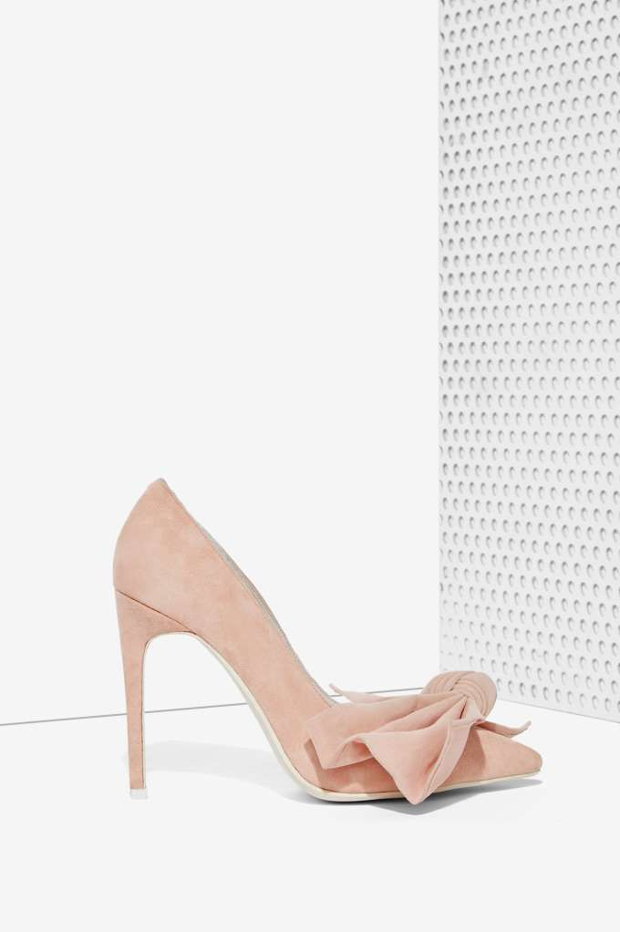Jeffrey Campbell Grandame Suede Bow Pump | Shop Shoes at Nasty Gal!