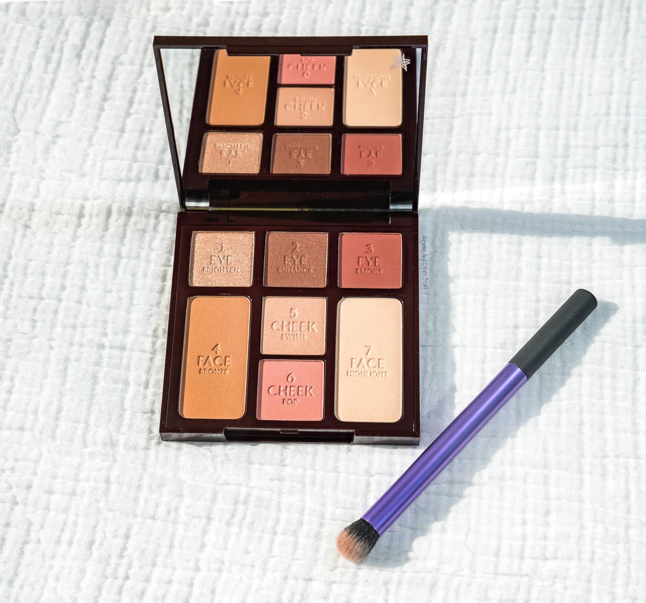 Charlotte Tilbury Instant Look In A Palette Gorgeous Glowing Beauty Review Swatches Reviews And Other Stuff Beauty Review Complete Makeup Eyeshadow