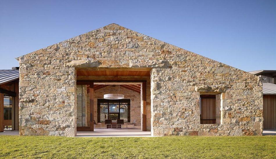 Maison contemporaine en pierre et bois traditionnel aux USA ...