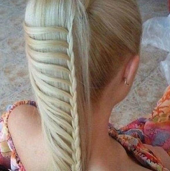 How the world!! Trensas de pelo. bella.