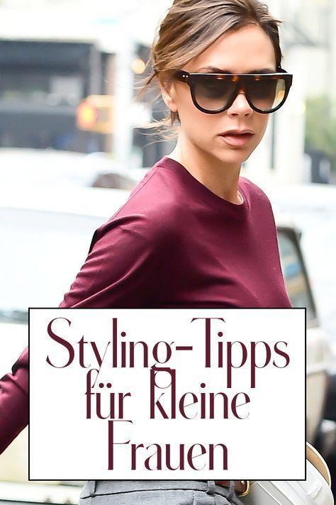 Styling Tipps Fur Kleine Frauen So Schummelst Du Dich Grosser Ohne High Heels In 2020 Styling Tipps Outfits Fur Kleine Frauen Victoria Beckham Outfits