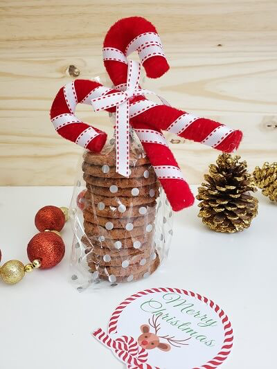 DIY Holiday Gifts For Coworkers Under $5 (Free Printable Tags)