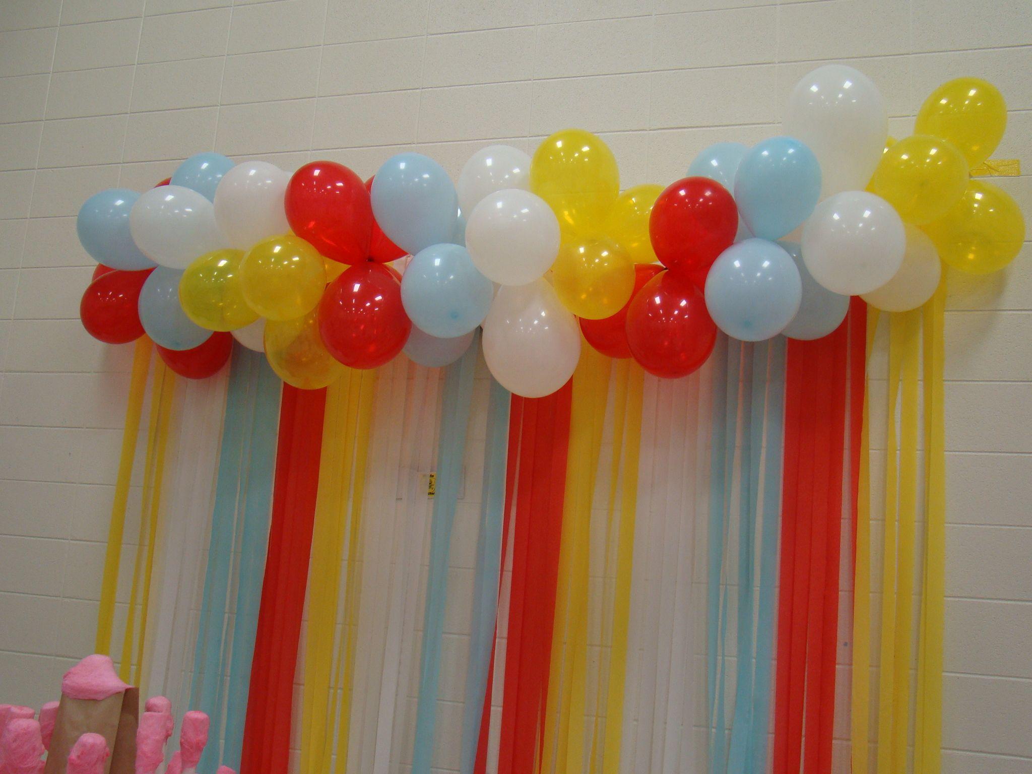 Balloon banner streamer backdrop for preschool for How to make a balloon and streamer backdrop