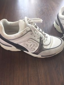 CHANEL Suede Coated Canvas CC Logo Trainers Wht/Gry Sneakers Size 39.5 orig $995