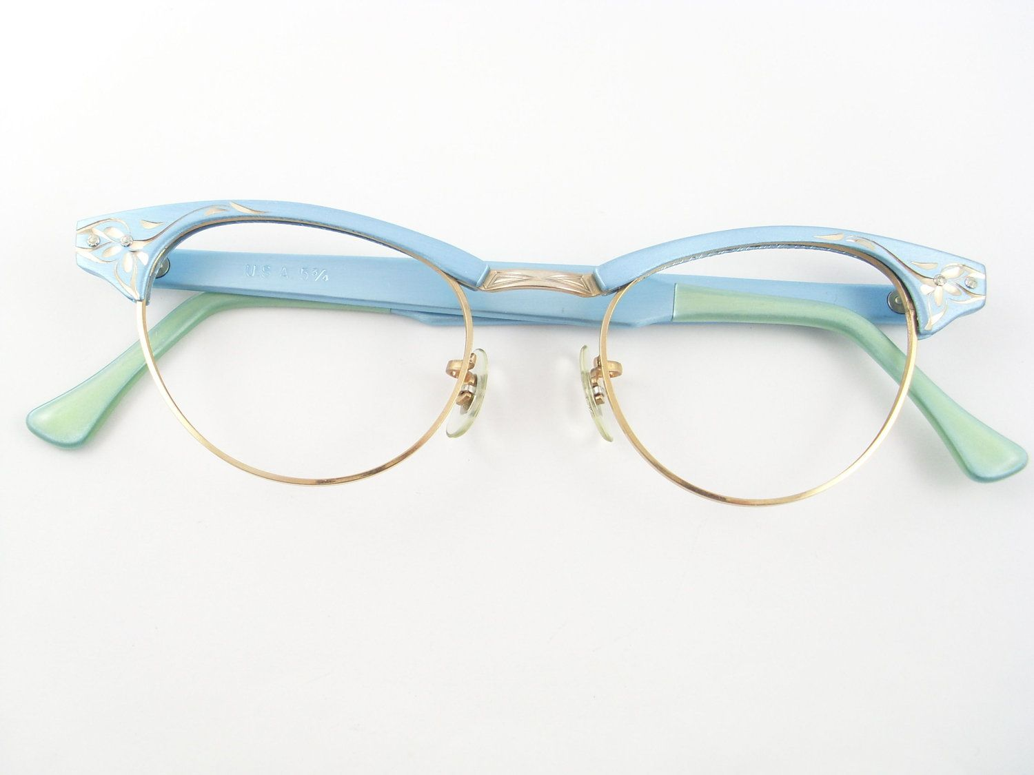 Pin By Ines Nieto Amoros On In The Closet 1950 S Vintage Cat Eye Glasses Cat Eye Glasses Glasses
