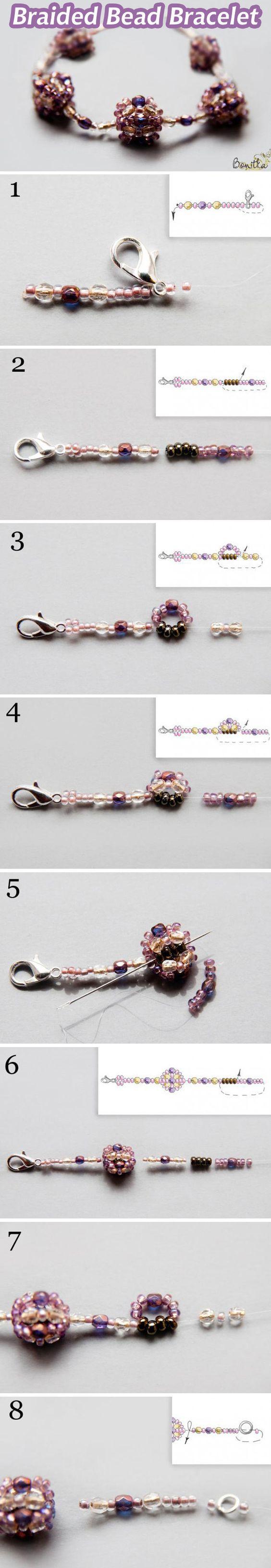 Плетём красивый браслет из бусин и бисера: