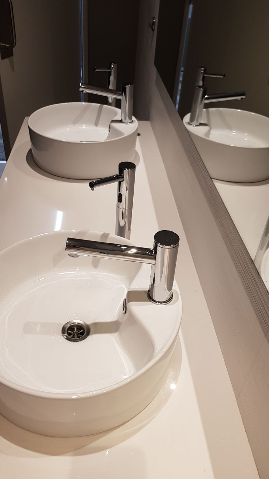 Stern S Elite L Touch Free Electronic Faucets With Extra Long Spout And Matching Elite Plus Touch Free Soap Dispensers Tall Version For Counter Top Wash Basins [ 1600 x 900 Pixel ]