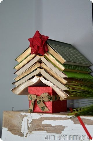 Christmas Crafts And Decorations Book Themed Ideas A Book Long Enough Book Christmas Tree Christmas Decorations Christmas Decor Diy