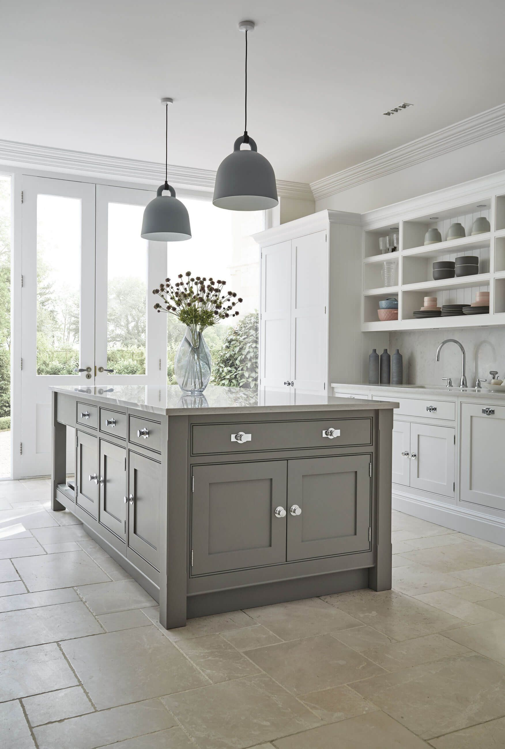 Grey Shaker Kitchen Tom Howley 1000 In 2020 Grey Shaker Kitchen Shaker Style Kitchen Cabinets Modern Shaker Kitchen