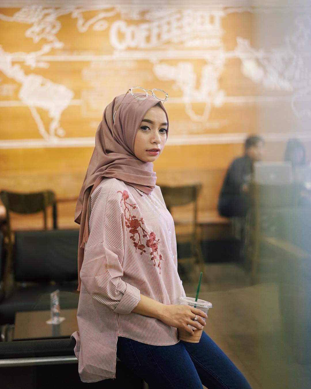Long Black Hijab Dress Hijab Pinterest Hijab Street Styles