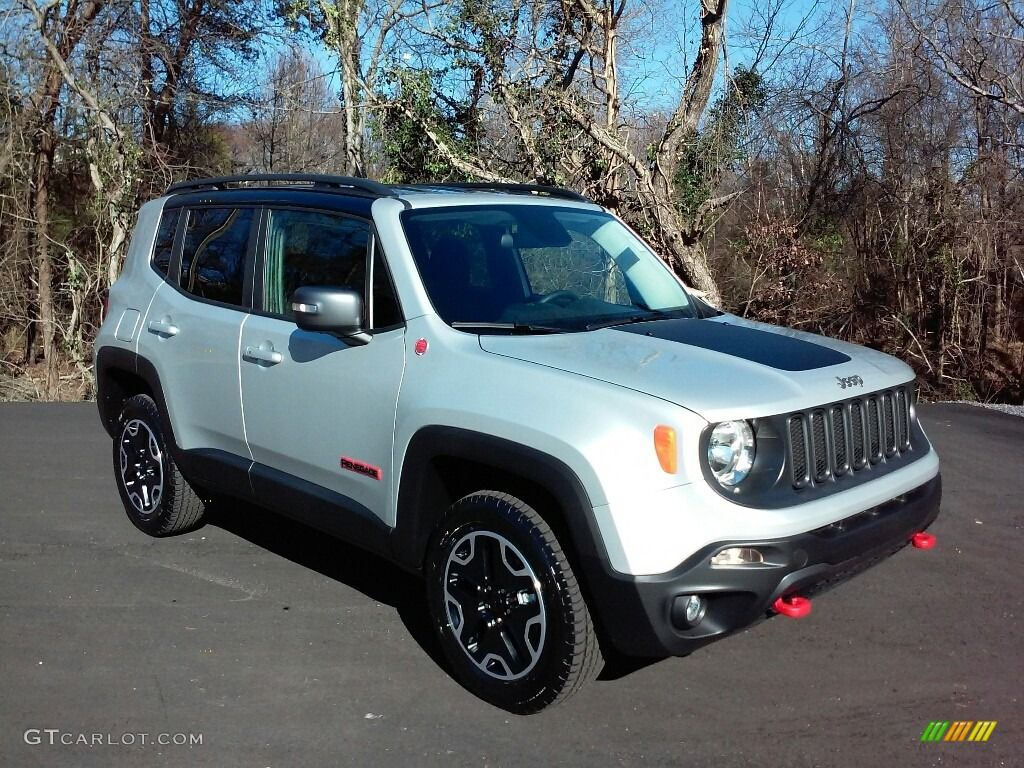 Pin By Noji Fam On Autos In 2020 Jeep Renegade Trailhawk Jeep Jeep Renegade