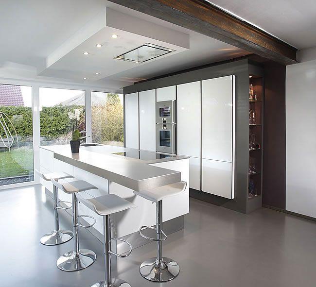 Offene Moderne Küche: Küche, Abzugshaube