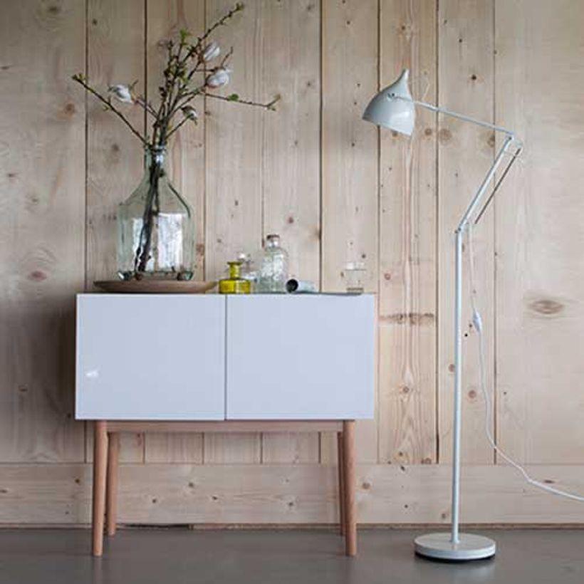 Buffet En Chene Et Bois Laque 2 Portes High On Wood Zuiver Lampadaire Buffet Chene Lampadaire En Metal