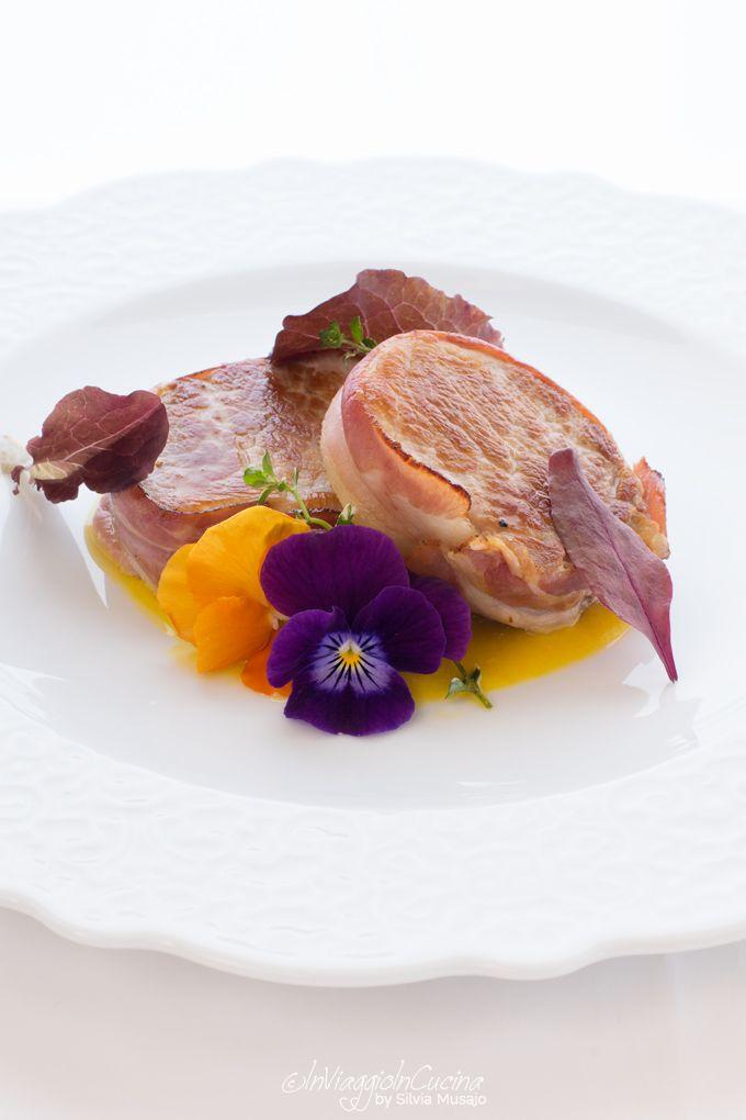 Pork fillet with bacon on medlar fruit and ginger sauce | Rezept ...