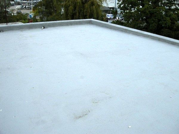 How To Fix A Leaking Flat Roof Flat Roof Roof