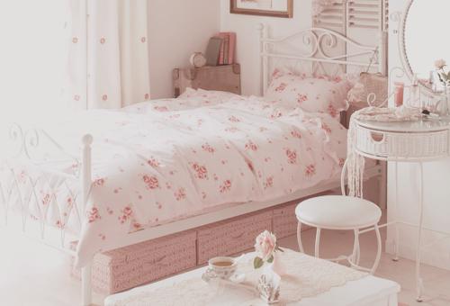 Pretty Bedrooms... | vintage | Pinterest | Pretty bedroom, Pastel ...