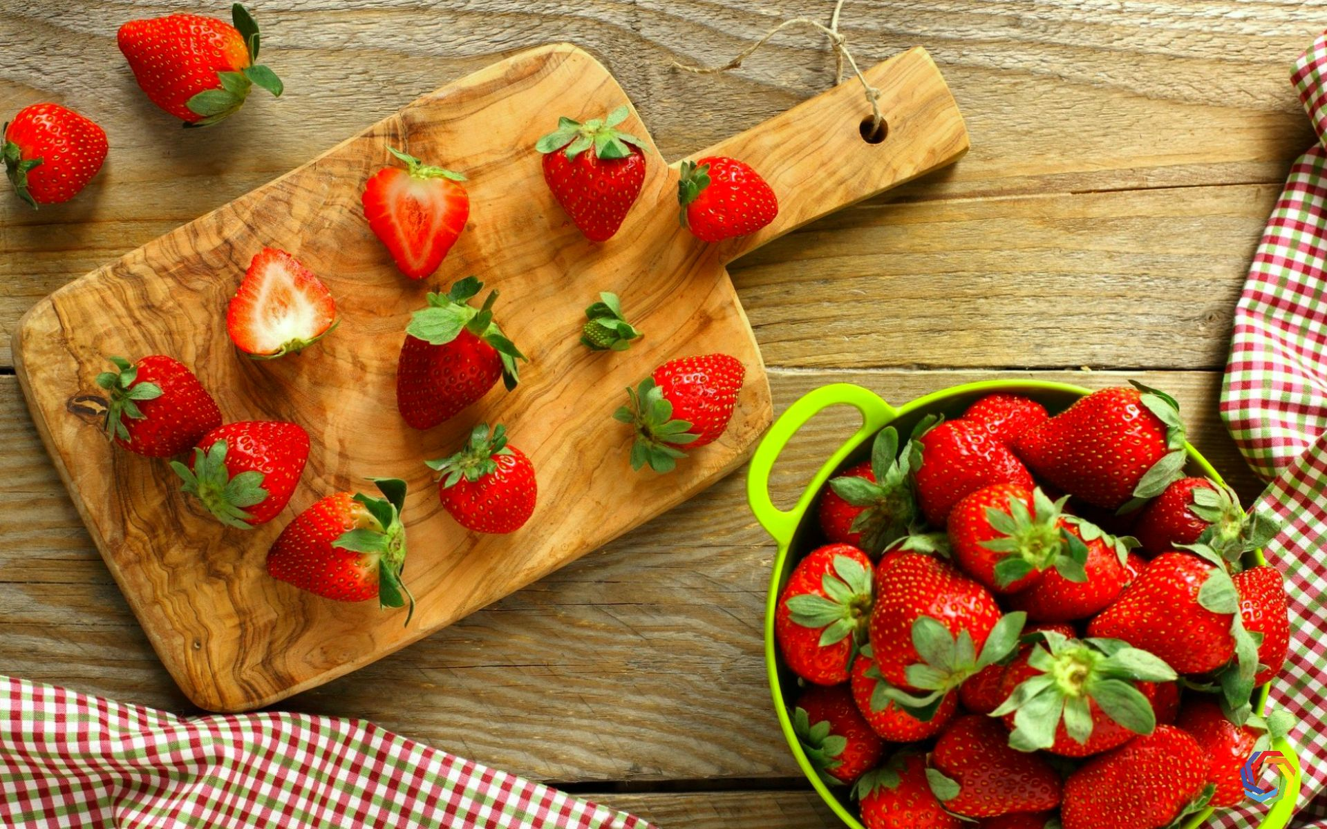 Download Hot Strawberry Food HD Wallpapers 4k HD