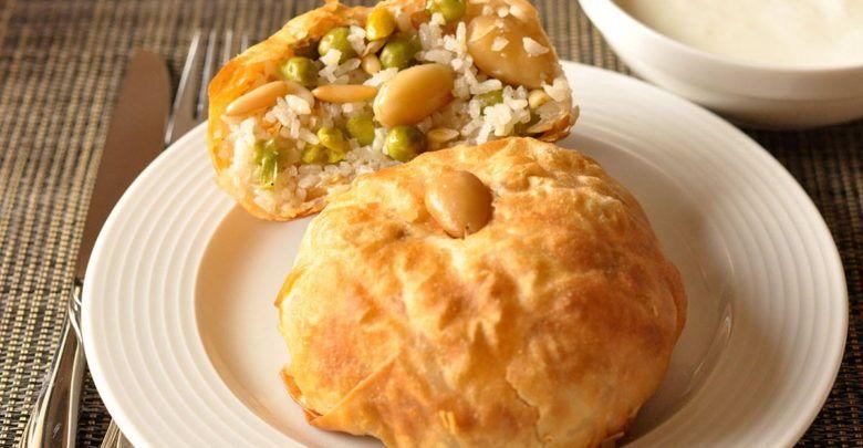 الأوزي السوري باللحم والخضروات طعم لذيذ وتراث عريق طريقة عمل الأوزي السوري Food Fish Dishes Dishes