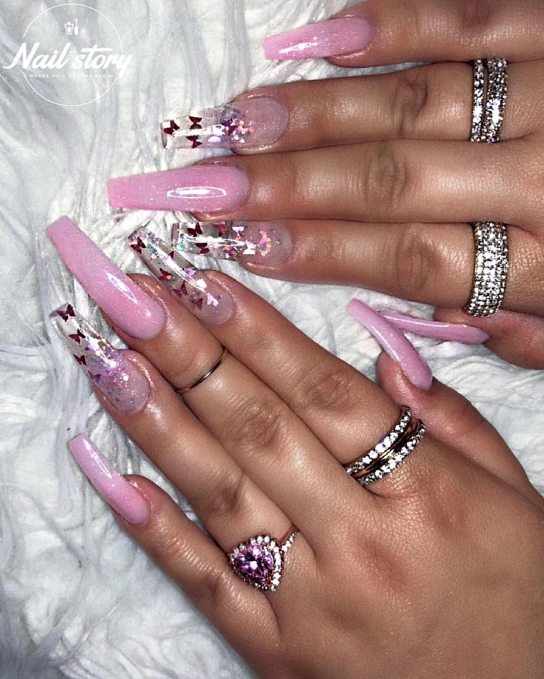 Pretty In Pink Pink Colored Powder Coffin Set Ft Clear Glass Nails Encapsulated Wi Glass Nails Pink Glitter Nails Summer Acrylic Nails