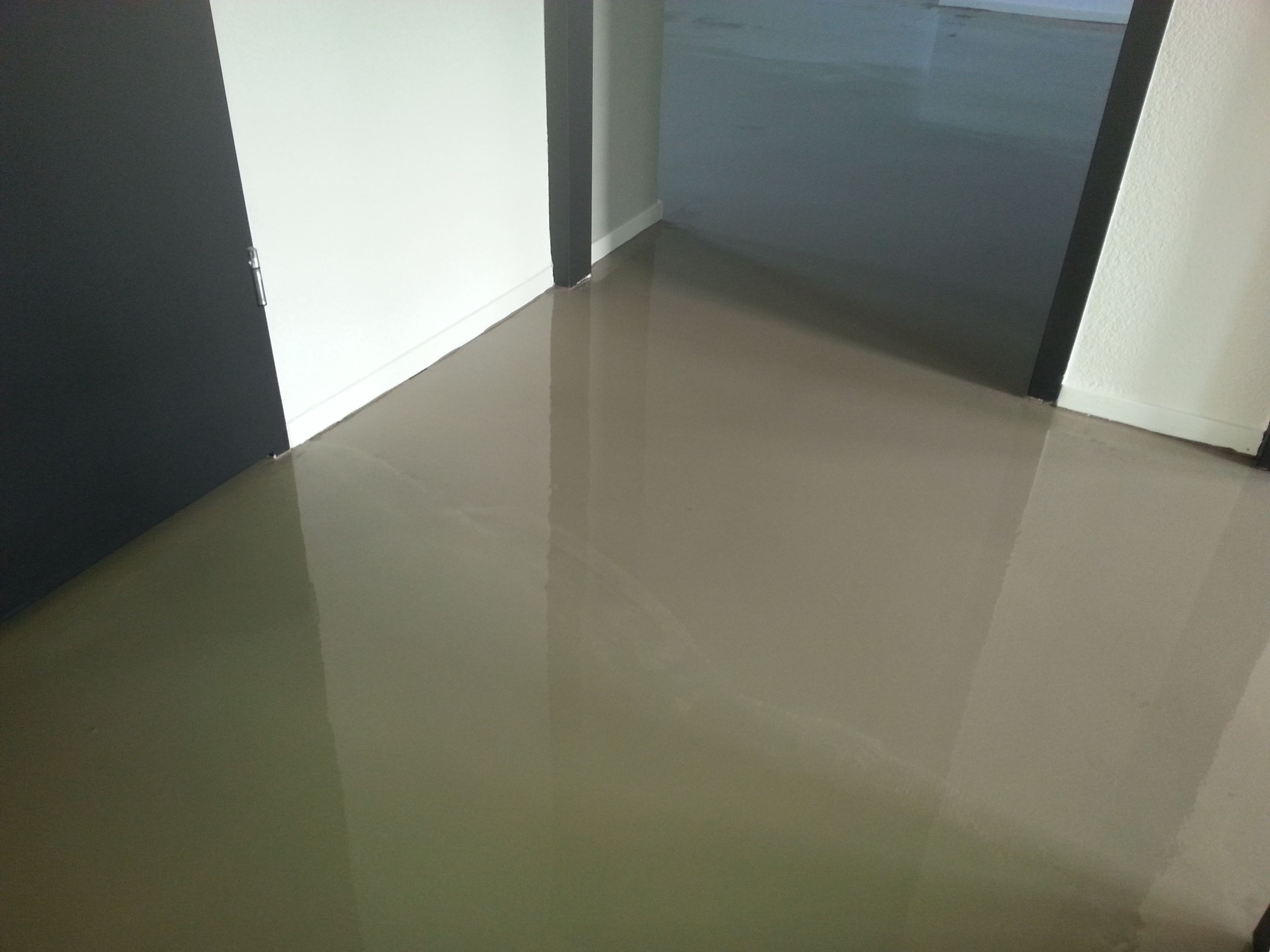egaliseren van een betonnen vloer egaliseren pinterest van