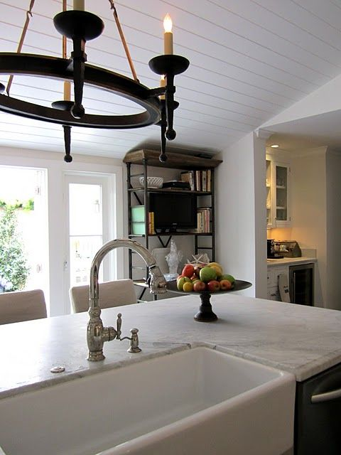 A Classic Casual Beach House Kitchen Gets a Makeover