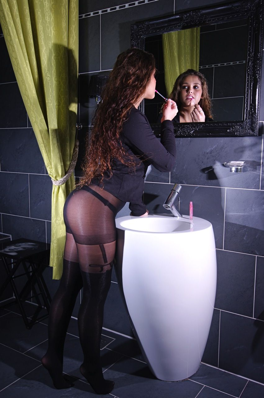 Nylon stocking pantyhose videos hd, double d videos lesbian free