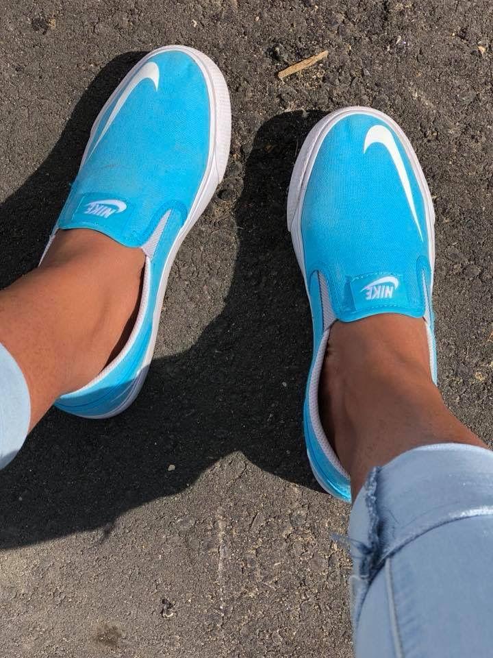 cápsula Platillo aceleración  vans ?? Nike's ??🤣 | On shoes, Slip on shoes, Shoes