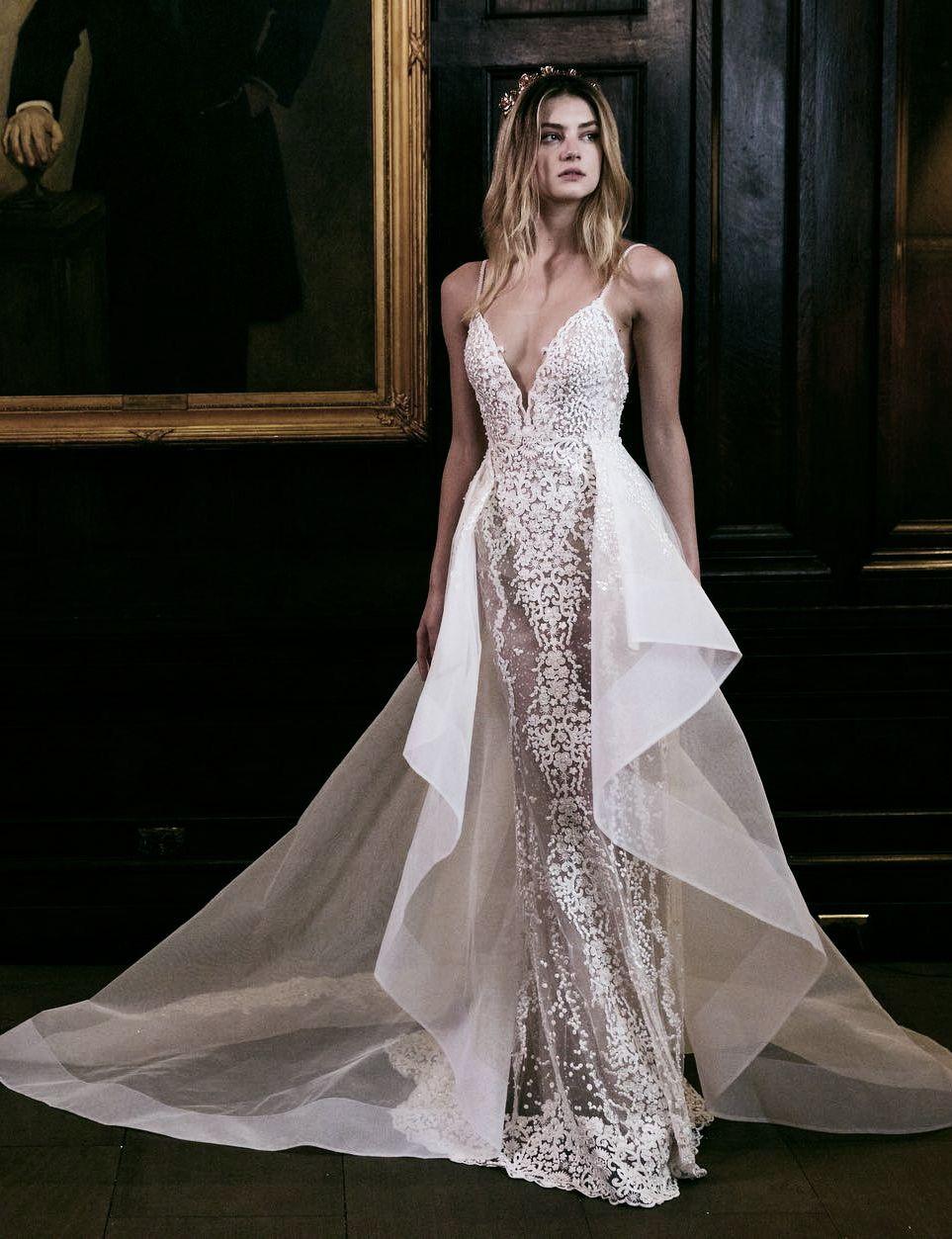Blinged out wedding dress  runwayandbeauty uc Berta Bridal FallWinter  ud chateaudeluxe