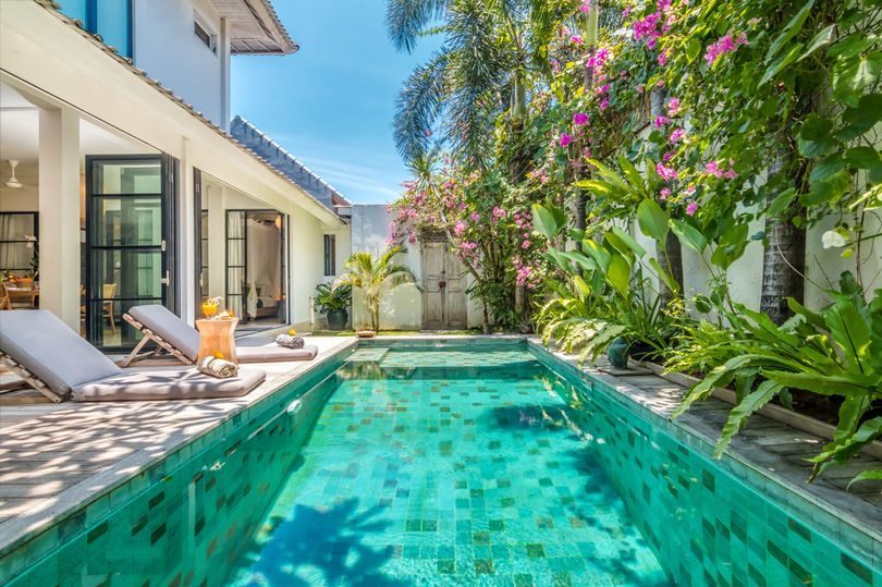 houses for rent with inground pool near me