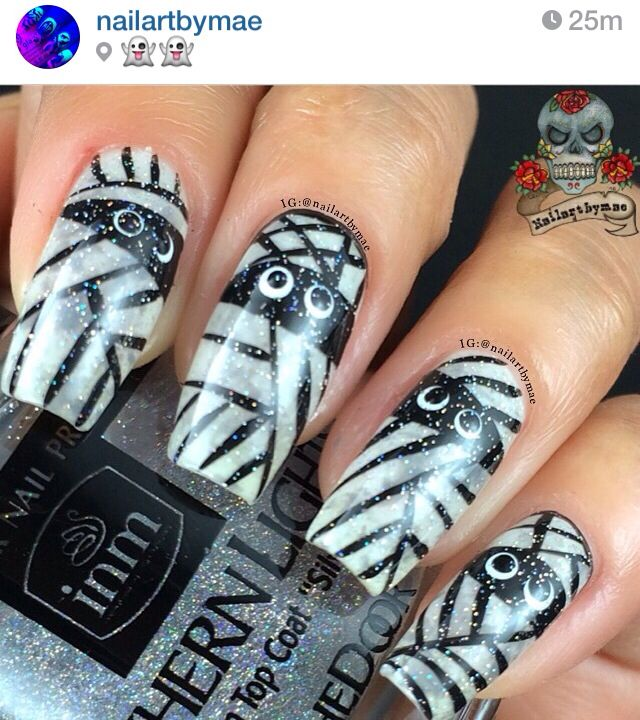 Mummy nails | Halloween nail designs, How to do nails ...