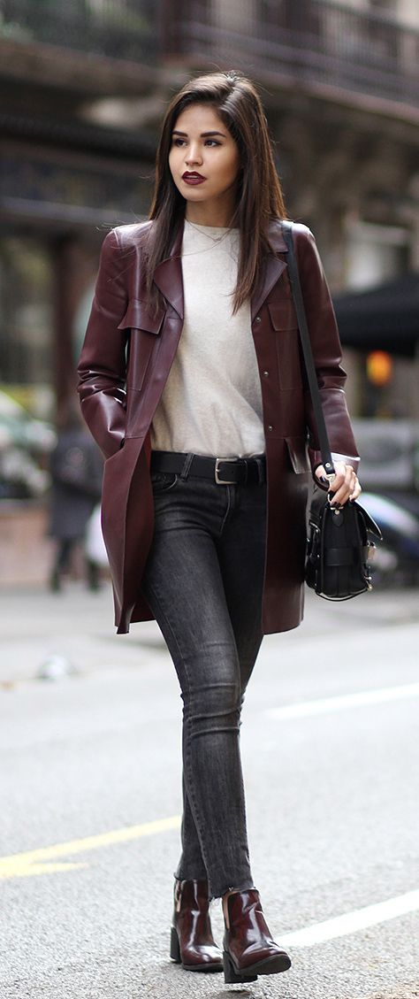 dd6798a9 Adriana Gastélum is wearing a burgundy leather jacket and boots from Zara