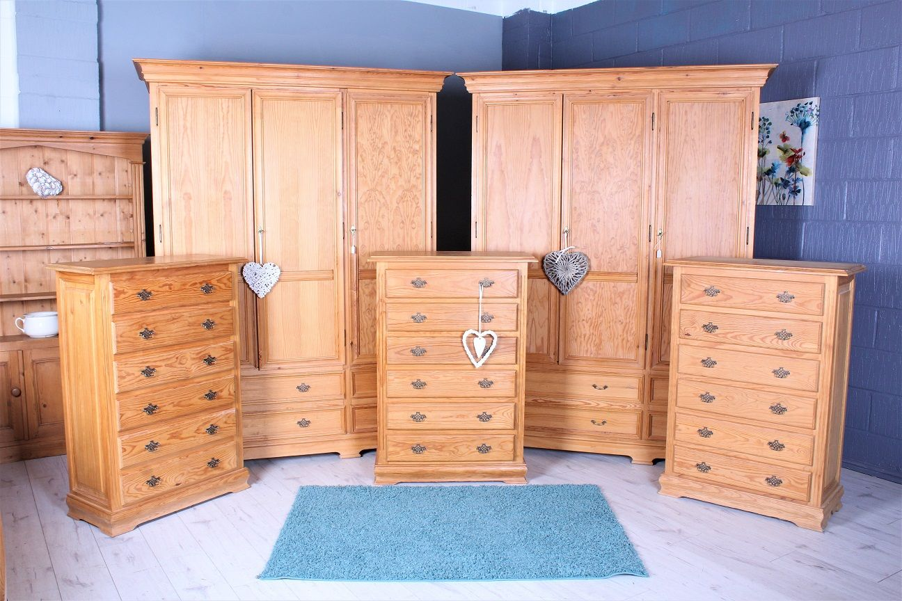 Bedroom Furniture 2 X Pine Triple Wardrobes 225 Each 3 X Pine Chest Of Drawers 79 Each Free Local Delivery And As Pine Furniture Furniture Pine Chests