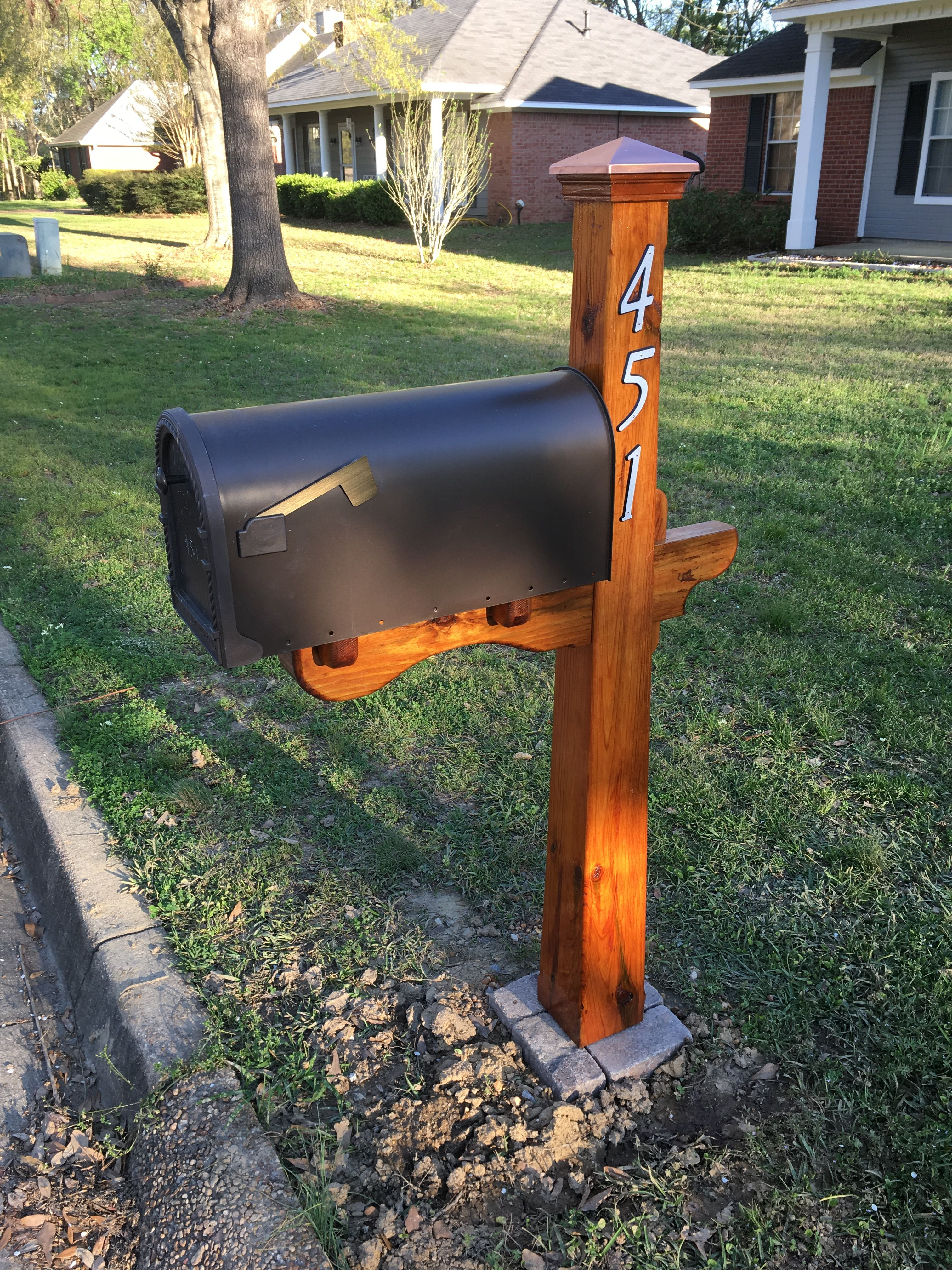 Tapered Post Mailbox Built Using 6x6 Treated Lumber With A Wedged Through Mortise And Tenon Unique Mailboxes Outdoor Decor Decor