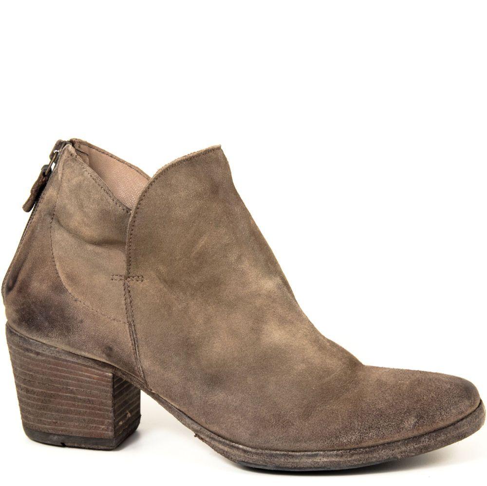 Gidigio Collection AP060022 Allegra Handmade Fatto a Mano Italy Suede Ankle Boot #Gidigio #FashionAnkle #Casual