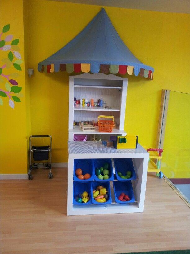 Si tienes sitio en el cuarto de los ni os es f cil hacer esta tienda con estanter as ikea - Winkel balkon leroy merlin ...