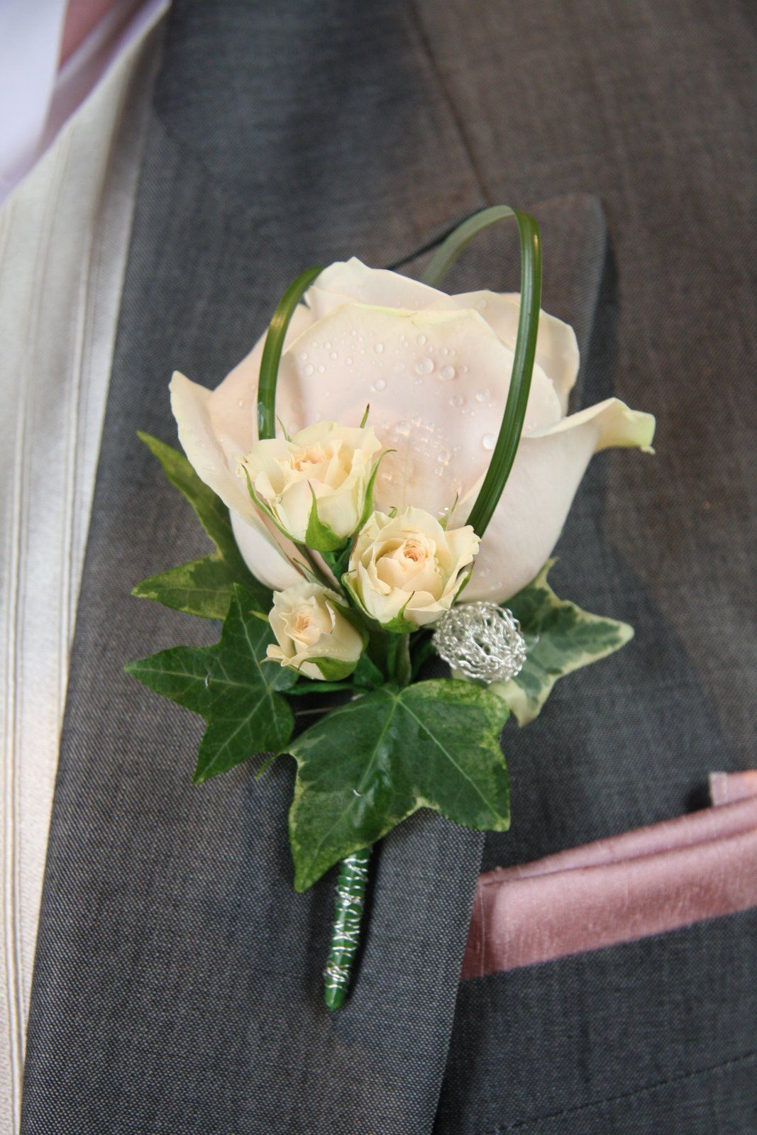 Ansteckblume Hochzeit Boutonniere Design Buttonhole And Corsage Blog Groom