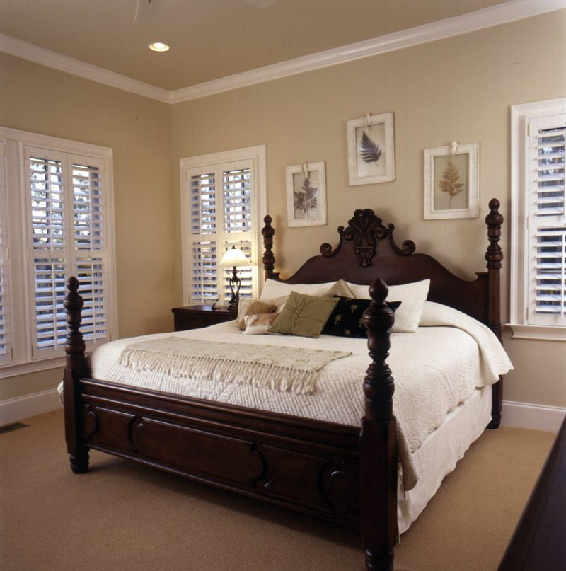 So Elegant Love A Sitting Area In A Master Bedroom By: Love The White Trim And Clean Look