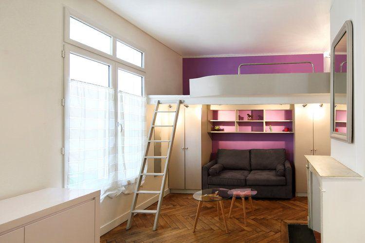 situ dans le ixe arrondissement de paris ce studio de 20 m est devenu gr ce de nombreuses. Black Bedroom Furniture Sets. Home Design Ideas