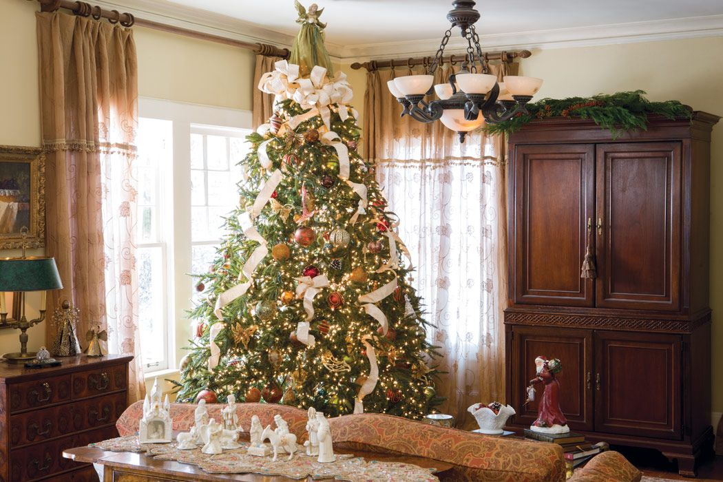 Pin by Alla * on Beautiful Christmas Tree Decorating Ideas