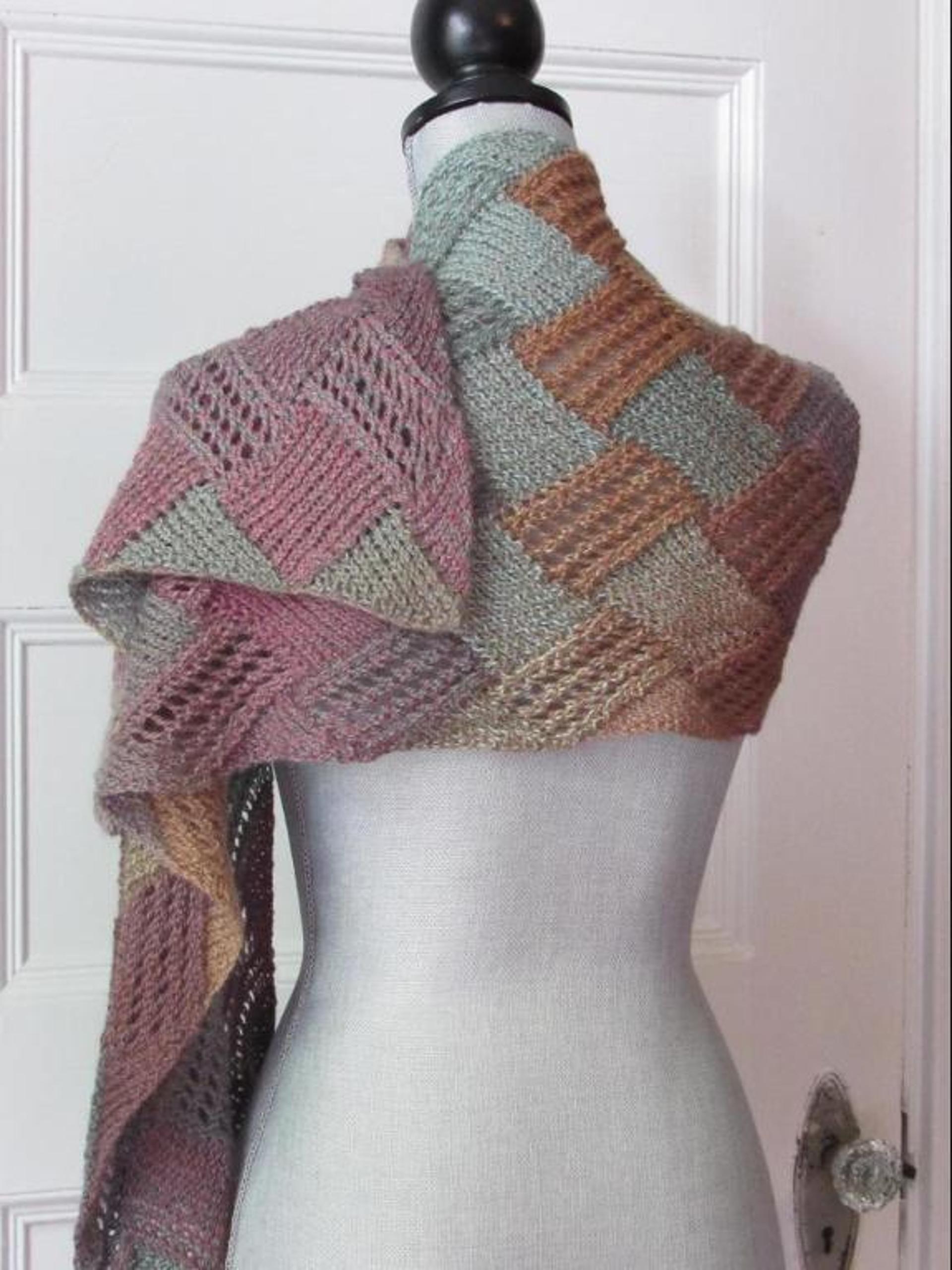Entrelac Boho Scarf   Craftsy   Crochet: bufandes i més / scarves ...