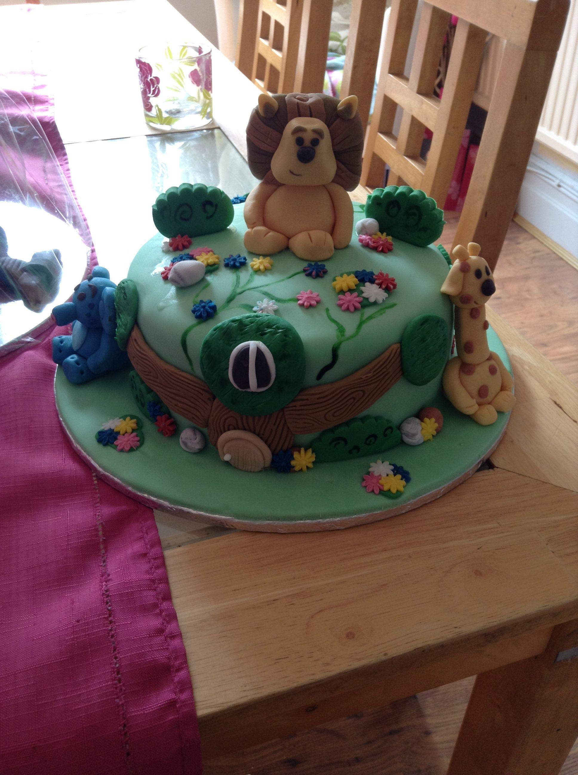 Rara the noisy lion cake | Cupcakes decoration, Cake
