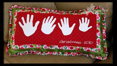 family handprint pillow to make