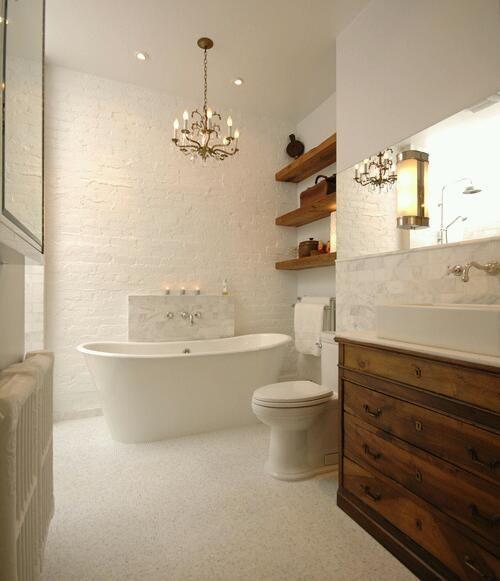 bath room  love the bath tub!