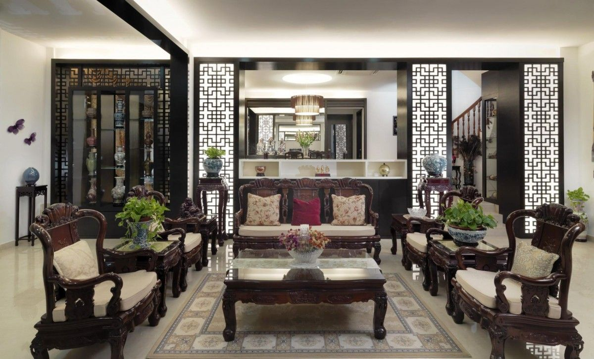 Traditional Asian style living room, love the lit screen ...