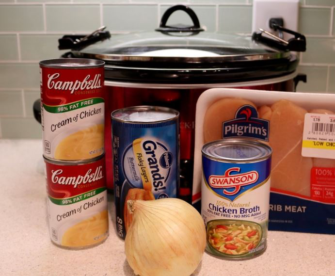 Easy Crock Pot Chicken and Dumplings #chickendumplingscrockpot