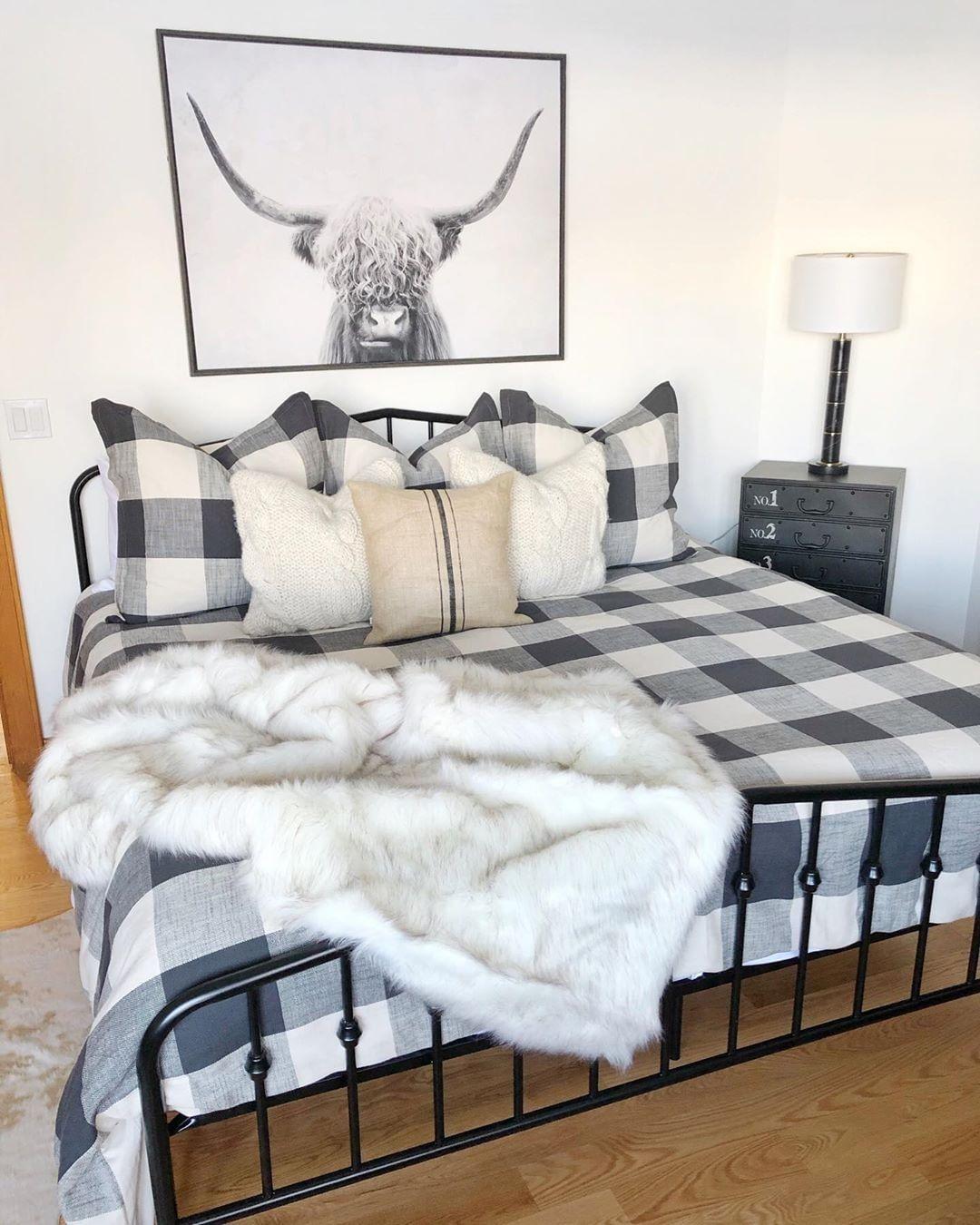 Modern farmhouse guest bedroom inspo care of sbkliving